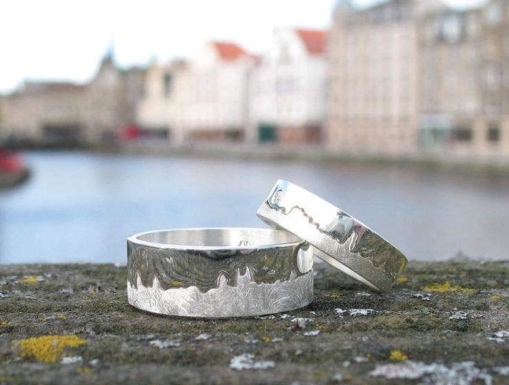 Skyline wedding rings