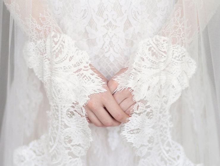 lace trimmed veil